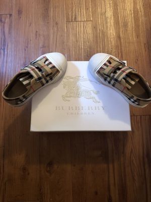 Burberry Belsides Sneakers size 29 for Sale in Houston, TX