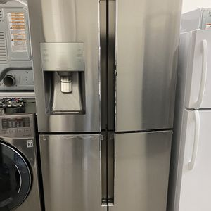 4 Doors Samsung Refrigerator Open Box for Sale in Orange, CA