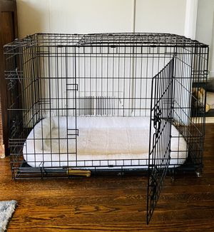 Frisco fold & carry wire pet crate for Sale in Burien, WA