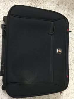 Man's business suitcase - $15 for Sale in Madera,  CA