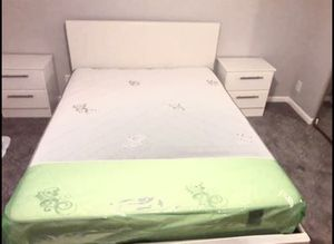 New queen 4 pieces Queen bed frame and mattress included and nightstands for Sale in Hialeah, FL