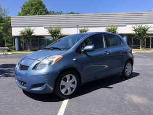 2010 Toyota Yaris Liftback 1.5 L4 98K One Owner Car Great Condition for Sale in Jacksonville, FL