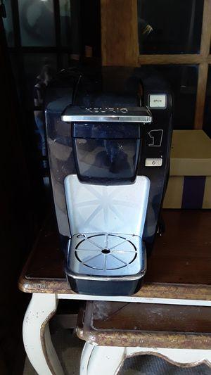 Keurig coffee maker for Sale in West Palm Beach, FL
