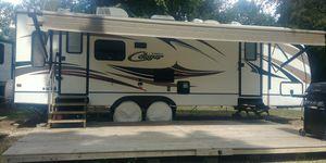 2015 Cougar Xlite Camper for Sale in Buechel, KY