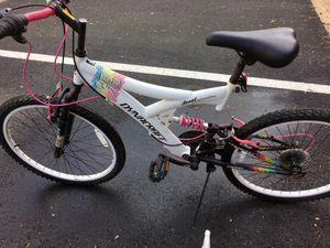 26 Dynacraft Air Blast Women Mountain Bike for Sale in Springfield, VA