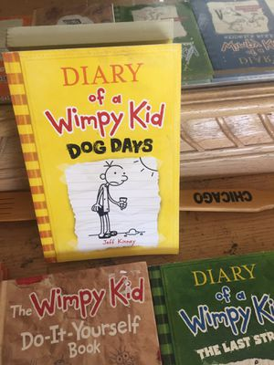 Diary of a wimpy kid set of 10 for Sale in Surprise, AZ
