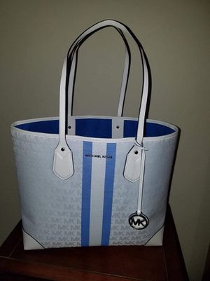 Michael Kors Tote for Sale in Anaheim, CA