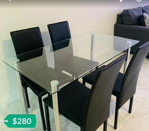 New 5pcs dining room table set in box for Sale in Davenport, FL