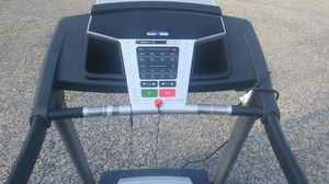 NORDICTRACK T5ZI TREADMILL EXCELLENT COND. CUSTOMIZE UR WORKOUT INCLUDES MICRO SD CARD IINCL.. Folds for easy storage and transport (Del. Is Poss) for Sale in Philadelphia, PA