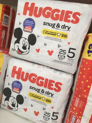 Huggies Diapers Size 5 - 4 for $20 for Sale in Eustis, FL