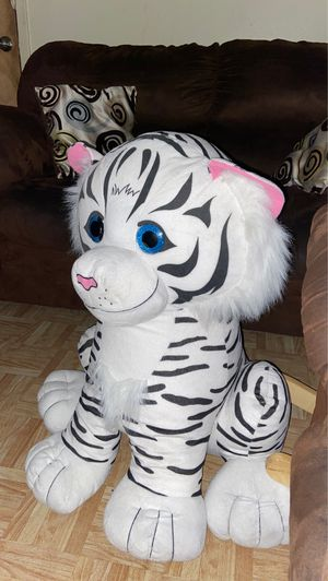 Tiger stuffed animal for Sale in Grand Prairie, TX