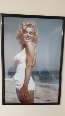 Marilyn monroe 20x30 for Sale in Yakima,  WA