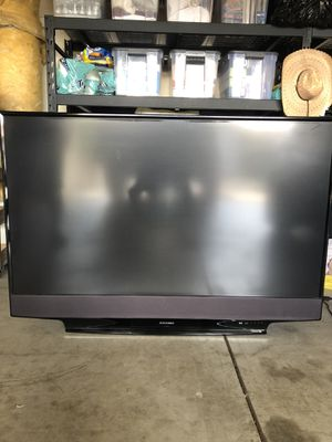 65 inch Mitsubishi TV with Yamaha / Polk Audio System for Sale in Pismo Beach, CA