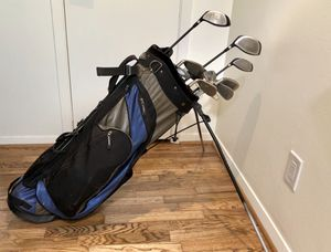 Full set of golf clubs with bag for Sale in Dallas, TX