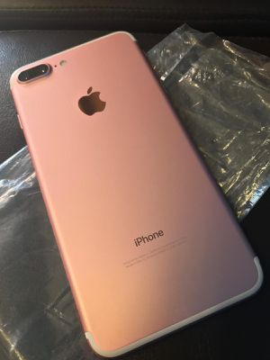 iPhone 7 Plus factory unlocked for Sale in Plano, TX