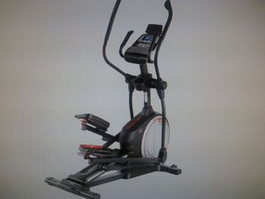 Proform Endurance 720E Elliptical for Sale in Newport News, VA