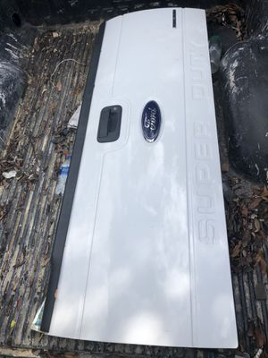 f250 f350 tailgate white like new for Sale in Southwest Ranches, FL