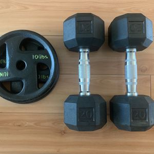 20 lb dumbbells and 2x10 weights for Sale in Huntington Beach, CA