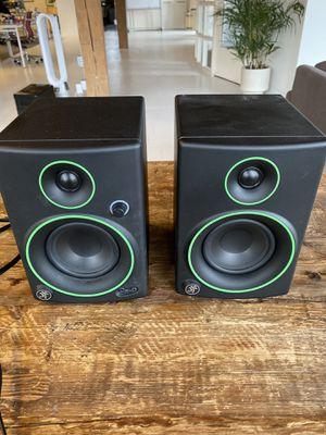 Studio Reference Monitors Speakers - Mackie CR4 for Sale in Seattle, WA