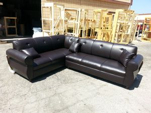 NEW 7X9FT BROWN LEATHER SECTIONAL COUCHES for Sale in Yucca Valley, CA