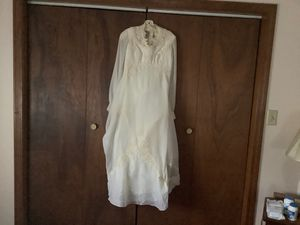 Wedding Gown and slip size 14 for Sale in Plainville, CT