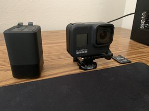 Gopro hero 8 w/ 32gb sd card, extra batteries, and dual battery charger. for Sale in Lynnwood, WA