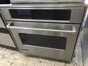 "Viking stainless steel 30"" wall oven electric for Sale in Costa Mesa, CA"