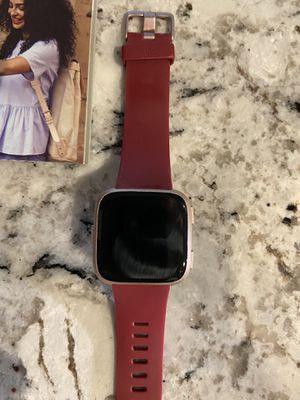 Fitbit Versa for Sale in Plymouth, MI