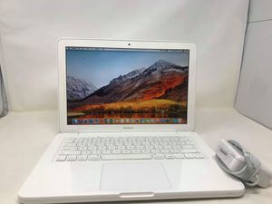 "Apple Macbook 13""/4GB/High Sierra for Sale in Glendale, AZ"