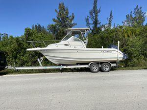 Cobia 220 WALKAROUND Boat for Sale in Miami, FL