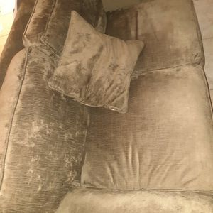 Sofa Free for Sale in Mesquite, TX