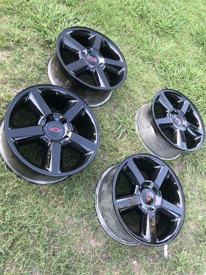 """Originales Chevy 20""""s rines, le quedan a Chevy Silverado, Tahoe y Suburban for Sale in Dallas, TX"""