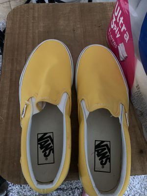 Size 7.5 womens Vans for Sale in Lyman, SC