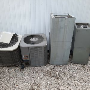 Two Ac Unit 1.5 Ton Lenox And Payne for Sale in Hialeah, FL