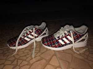 Size 7 womens adidas shoes for Sale in Brandon, FL