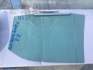 2014 Toyota Camry Passenger Rear Window Glass for Sale in Jurupa Valley, CA