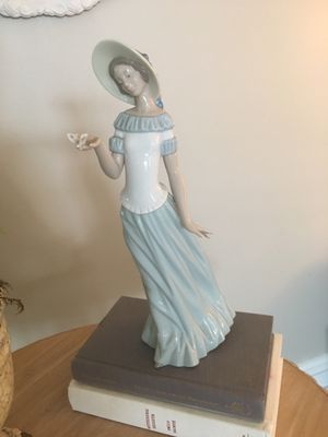 Nao by Lladro Collectible Porcelain Figurine for Sale in San Clemente, CA