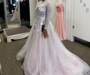 wedding dress for Sale in Harker Heights, TX