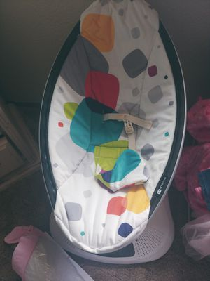 Mamaroo baby swing for Sale in Everett, WA
