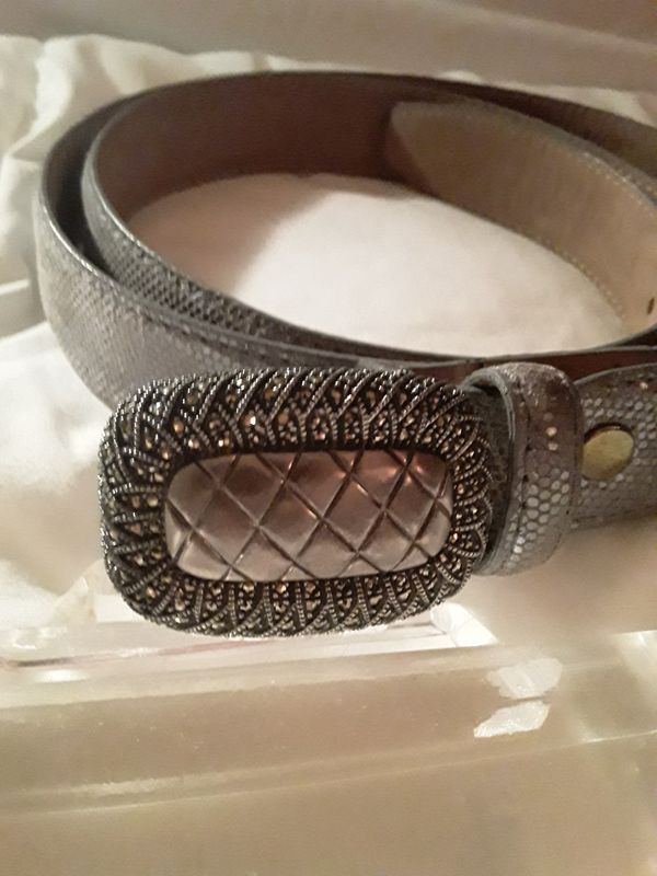 Beautiful Judith Jack sterling silver leather belt brand new condition