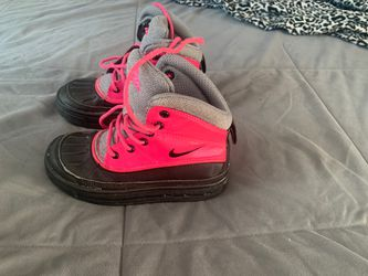 Nike snow boots for Sale in Hayward,  CA