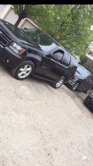 2009 Tahoe for Sale in Brooklyn, OH