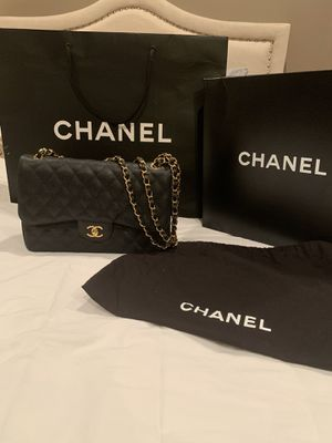 Authentic Chanel Jumbo Black Caviar Double Flap Bag for Sale in Los Angeles, CA