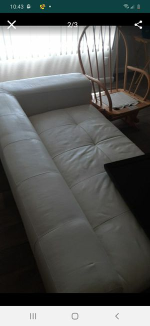 White leather couch. for Sale in Mesa, AZ