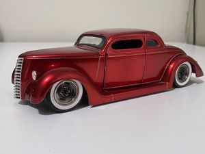 36' Ford Coupe West Coast Choppers Jesse James 1:24 diecast model for Sale in Dewey, AZ