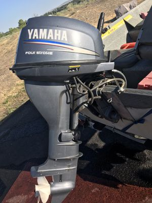 13' smokercraft. 15hp 4 stroke for Sale in Pasco, WA