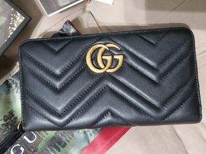 💥NWT Women's Gucci Marmont Wallet Black Leather GG for Sale in Queens, NY