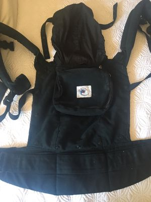 Ergobaby Carrier for Sale in Laveen Village, AZ