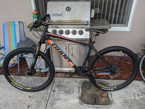 Giant MTB for Sale in West Palm Beach, FL