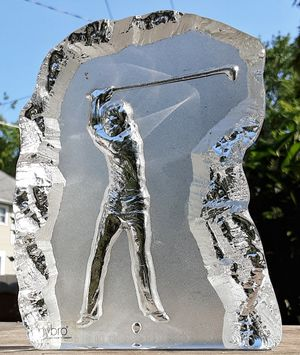 Nybro sweden fathers day golfer golfing art glass paperweight paper weight for Sale in Saginaw, MI